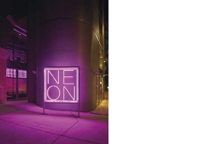 Huso_at_project_neon restaurant_후소_03